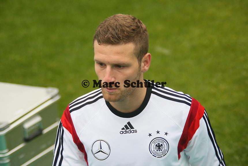 Skodran Mustafi - Trainingslager der Deutschen Nationalmannschaft zur WM-Vorbereitung in St. Martin