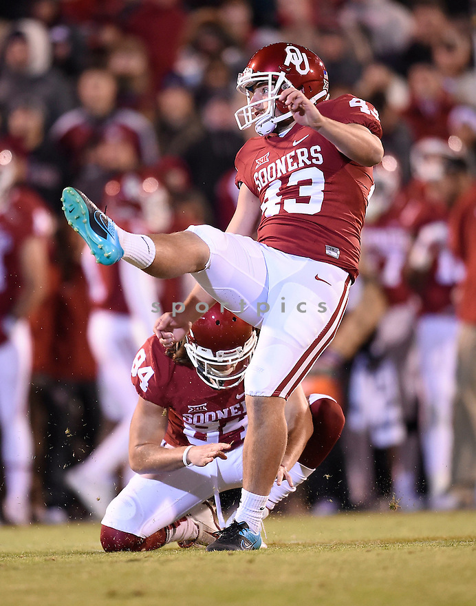 Oklahoma Sooners Austin Seibert (43) during a game against the Texas Christian Horned Frogs on November 21, 2015 at Memorial Stadium in Norman, OK. Oklahoma beat Texas Christian 30-29.