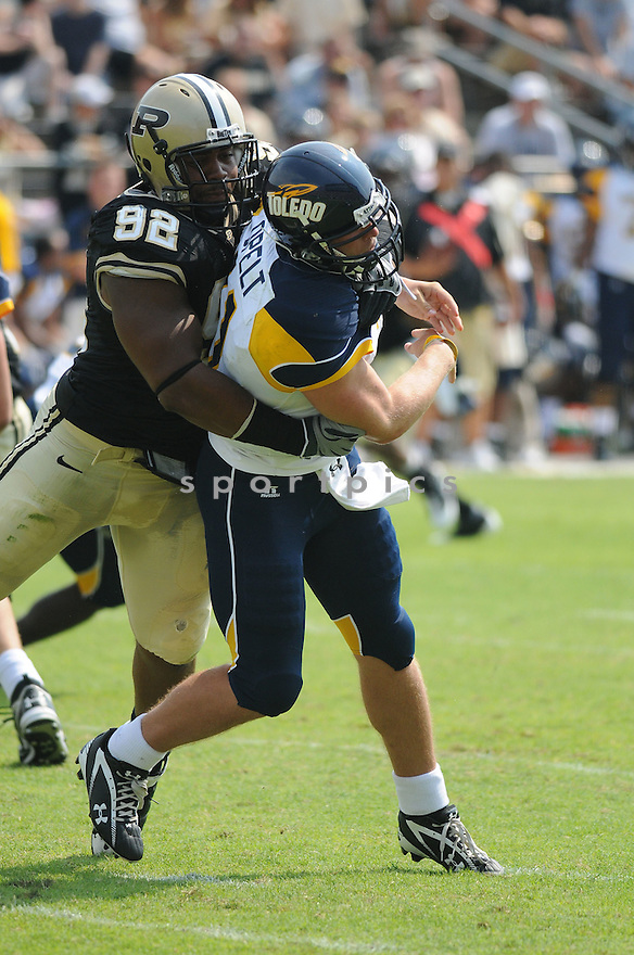 MIKE NEAL, of the Purdue Boilermakers, in action during the Boilermakers game against Toledo Rockets in West Lafayett, In on September 5, 2009.  Purdue beats Toledo 52-31.