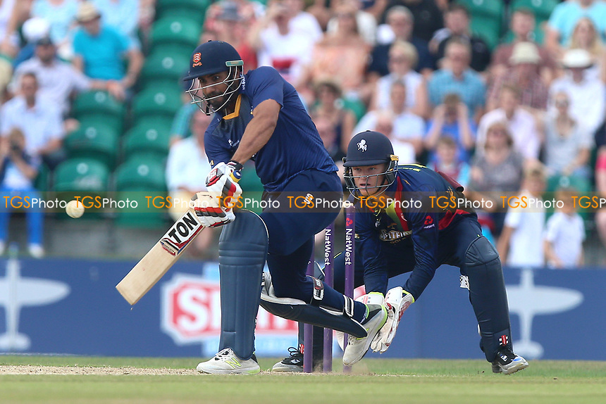 Ravi Bopara in batting action for Essex as Sam Billings looks on from behind the stumps during Kent Spitfires vs Essex Eagles, NatWest T20 Blast Cricket at The County Ground on 9th July 2017