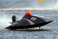 13-V  (Outboard Runabout)