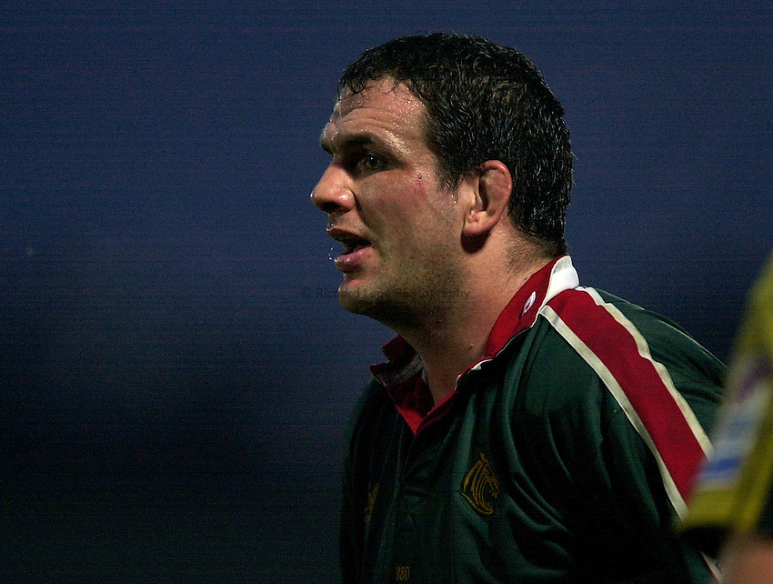 Photo. Richard Lane.London Wasps v Leicester Tigers at Adams Park. Zurich Premiership. 27/12/2002.Martin Johnson.
