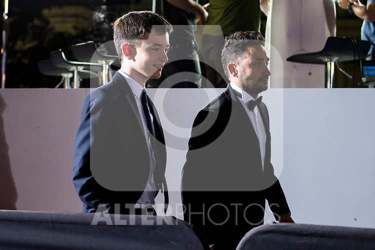 """Lewis MacDougall and the director of the film J.A. Bayona during the premiere of the spanish film """"Un Monstruo Viene a Verme"""" of J.A. Bayona at Teatro Real in Madrid. September 26, 2016. (ALTERPHOTOS/Borja B.Hojas)"""