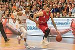 10.03.2019, RASTA Dome 2.0, VECHTA, GER, easycredit-bbl, RASTA Vechta vs  FC Bayern M&uuml;nchen, im Bild<br /> <br /> Stefan Jovic (Bayern Muenchen BBL #16)<br /> Austin Hollins (USA) (Rasta Vechta #20)<br /> Einzelaktion, Ganzk&ouml;rper / Ganzkoerper<br /> <br /> Foto &copy; nordphoto / Kokenge