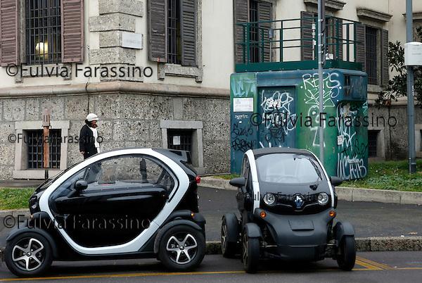 Milano, 2 febbario 2016, Largo Augusto, Centralina per il rilevamento dell'inquinamento atmosferico