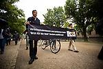Ökumenisches Netz Zentralafrika Demonstration, 2.6.2011