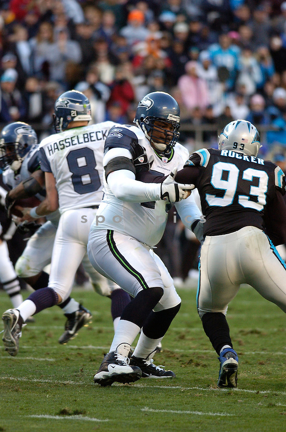 WALTER JONES, of the Seattle Seahawks  in action during the Seahawks game against the Carolina Panthers  on December 16, 2007 in Charlotte, North Carolina...PANTHERS win 13-10..SPORTPICS