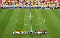 BRASILIA, DF, 07.09.2013 - 07.09.2013 - BRASIL X AUSTRÁLIA/AMISTOSO: Seleção Brasileira durante partida amistosa contra a Seleção da Austrália, no Estádio Nacional Mané Garrincha.(Foto: Ricardo Botelho / Brazil Photo Press).