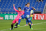 Defender Shoji Gen (L) fights for the ball with Ulsan Hyundai Forward Ivan Kovacec (R) during the AFC Champions League 2017 Group E match between Ulsan Hyundai FC (KOR) vs Kashima Antlers (JPN) at the Ulsan Munsu Football Stadium on 26 April 2017, in Ulsan, South Korea. Photo by Yu Chun Christopher Wong / Power Sport Images