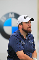 Shane Lowry (IRL) tees off the 1st tee to start his match during Saturay's Round 3 of the 2014 BMW Masters held at Lake Malaren, Shanghai, China. 1st November 2014.<br /> Picture: Eoin Clarke www.golffile.ie