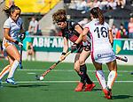 AMSTELVEEN - Sosha Benninga (A'dam) tijdens de hoofdklasse competitiewedstrijd hockey dames,  Amsterdam-Oranje Rood (5-2). COPYRIGHT KOEN SUYK