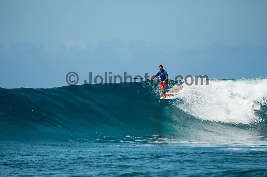 Kamp Kalama, Namotu Island Resort , Fiji. (Monday November 2, 2015) There was a mix of winds today with very light SE Trades early before easing off mid morning and then they swung to the South West  and kicked back up late morning. The swell was in the 3'- 5'+ range with surf sessions at Namotu Lefts and Swimming Pools.  Pools was the pick of the spots early with virtually all the Kampers out in the line up. Photo: joliphotos.com