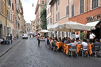 ROMA-ITALIA- 01-09-2012. Taberna en Roma, Italia, septiembre 01 de 2012.Tavern in Rome Italy on September 01, 2012. (Photo: VizzorImage/Luis Ramirez).)..........