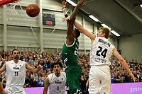LEEK - Basketbal, Donar - Le Portel, Europe Cup, seizoen 2017-2018, 18-10-2017,  Donar speler Evan Bruinsma met Le Portel speler Franklin Hassell