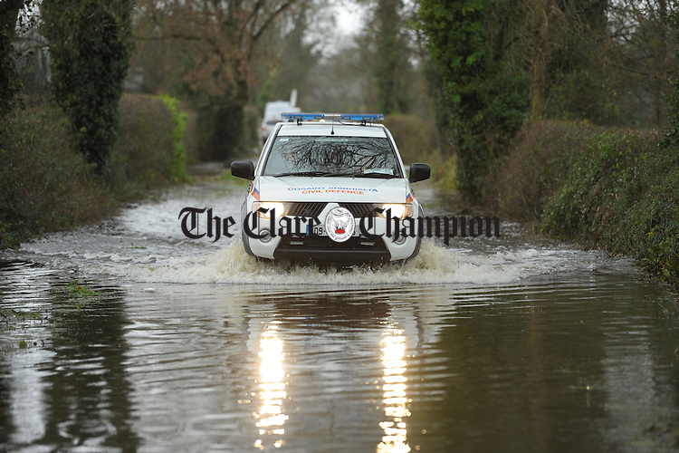 Emergency services  vehicle going through flood water at Springfield Clonlara. Photograph by John Kelly.