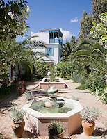 The design of the Casita, which occupies the site of the former garden shed, was inspired by a crumbling tower in the Kasbah in Tangier