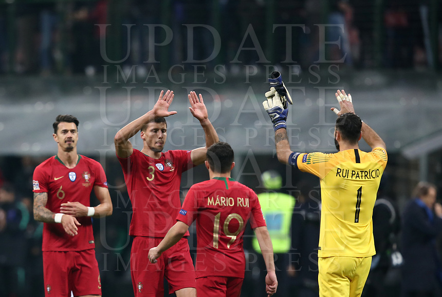Football: Uefa Nations League Group 3match Italy vs Portugal at Giuseppe Meazza (San Siro) stadium in Milan, on November 17, 2018.<br /> Portugal's players at the end of the Uefa Nations League match between Italy and Portugal at Giuseppe Meazza (San Siro) stadium in Milan, on November 17, 2018.<br /> Italy and Portugal drawns 0-0.<br /> UPDATE IMAGES PRESS/Isabella Bonotto