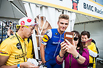 Selfie time with Marcel Kittel (GER) Quick-Step Floors before the Tour de France Saitama Critérium 2017 held around the streets os Saitama, Japan. 4th November 2017.<br /> Picture: ASO/Pauline Ballet | Cyclefile<br /> <br /> <br /> All photos usage must carry mandatory copyright credit (© Cyclefile | ASO/Pauline Ballet)
