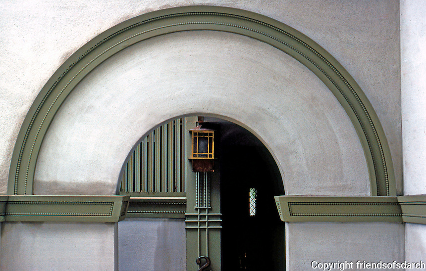 F.L. Wright: Frank W. Thomas House. Detail of entrance arch.  Photo '77.