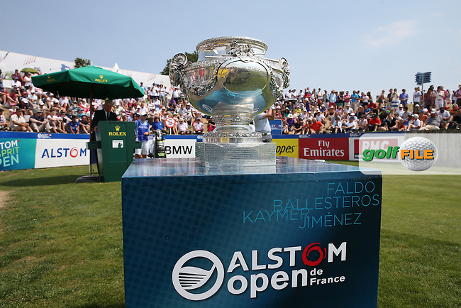 Scene at the first tee during the Final Round of the 2015 Alstom Open de France, played at Le Golf National, Saint-Quentin-En-Yvelines, Paris, France. /05/07/2015/. Picture: Golffile | David Lloyd<br /> <br /> All photos usage must carry mandatory copyright credit (&copy; Golffile | David Lloyd)
