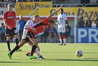 SINT ELOOIS WINKEL SPORT - VK WESTHOEK IEPER :<br /> stevig duel  tussen Sofiane Oumedjeber (R) en Jonas Vandermarliere (L)<br /> <br /> Foto VDB / Bart Vandenbroucke
