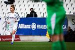 16.03.2019, Stadion Essen, Essen, GER, AFBL, SGS Essen vs TSG 1899 Hoffenheim, DFL REGULATIONS PROHIBIT ANY USE OF PHOTOGRAPHS AS IMAGE SEQUENCES AND/OR QUASI-VIDEO<br /> <br /> im Bild | picture shows:<br /> Linda Dallmann (SGS Essen #10) wird kurz vor Schluss eingewechselt, <br /> <br /> Foto &copy; nordphoto / Rauch