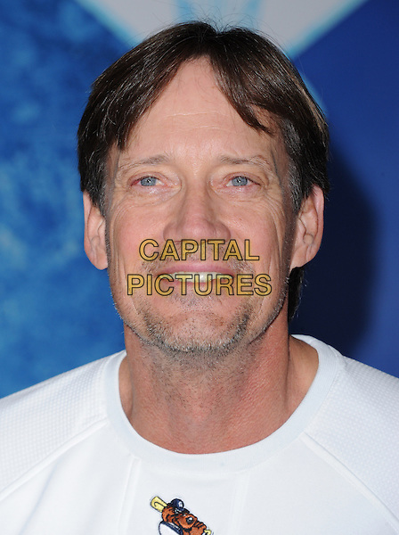Hollywood, CA - NOVEMBER 19: Kevin Sorbo arrives at The Disney FROZEN Premiere held at The El Capitan Theatre in Hollywood, California on November 19,2012                                                                               <br /> CAP/DVS<br /> &copy;DVS/Capital Pictures