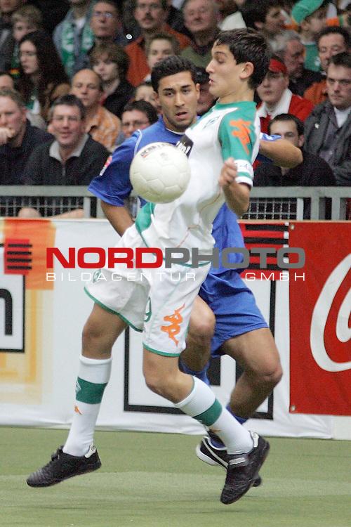 Hallenfussballturnier Oldenburg 2007<br /> Werder Bremen vs VFL Wolfsburg<br /> <br /> Jerome Polenz (vorne) von Werder Bremen im Zweikampf mit Emre &Ouml;zt&uuml;rk (hinten) vom VFL Wolfsburg.<br /> <br /> Foto &copy; nordphoto <br /> <br />  *** Local Caption ***