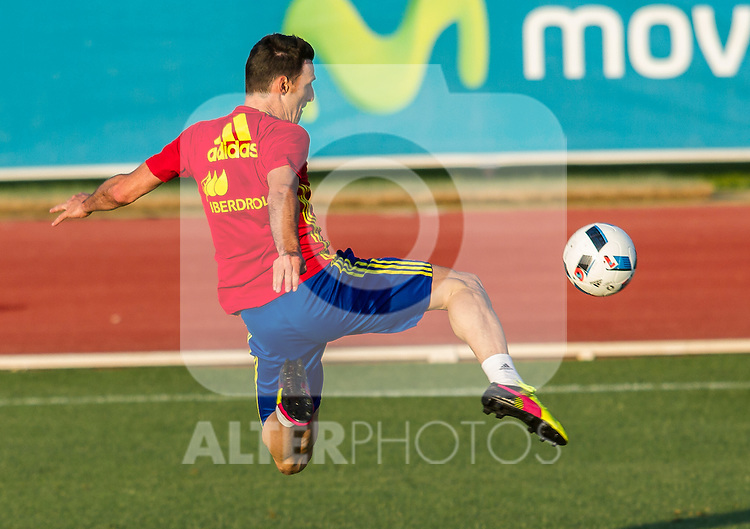 Spain's Aritz Aduriz during the first training of the concentration of national soccer team before the Uefa Euro 2016.  Jun 4,2016. (ALTERPHOTOS/Rodrigo Jimenez)
