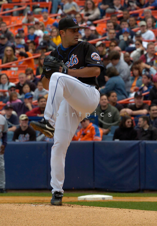 Victor Zambrano in action during the New York Mets v. Washington Nationals game April 24, 2005.....Mets lost 3-11.....David Durochik/ SportPics