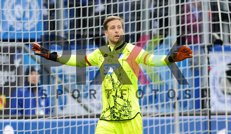 Hoffenheims Oliver Baumann (Nr.1)  beim Spiel in der Bundesliga TSG 1899 Hoffenheim - Borussia Moenchengladbach.<br /> <br /> Foto &copy; PIX-Sportfotos *** Foto ist honorarpflichtig! *** Auf Anfrage in hoeherer Qualitaet/Aufloesung. Belegexemplar erbeten. Veroeffentlichung ausschliesslich fuer journalistisch-publizistische Zwecke. For editorial use only.