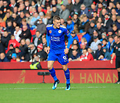 4th November 2017, bet365 Stadium, Stoke-on-Trent, England; EPL Premier League football, Stoke City versus Leicester City; Jamie Vardy of Leicester City looks to get involved in the game