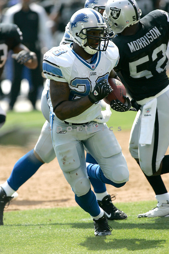 TATUM BELL, of the  Detroit Lions , during the Lions game against the Oakland Raiders on September 9, 2007.  The Oakland Raiders beat the Detroit Lions 37-10....