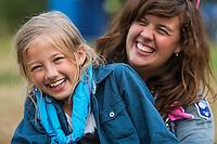 20140805 Vilda-l&auml;ger p&aring; Kragen&auml;s. Foto f&ouml;r Scoutshop.se<br /> scout, scouter, tv&aring;, dag, ler, skrattar, t&auml;lt, l&auml;gerplats
