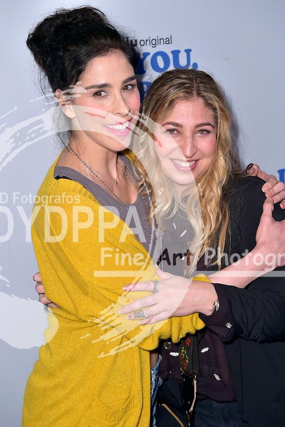 Sarah Silverman und Amy Zvi beim Fototermin zur Hulu TV-Serie 'I Love You, America' im Chateau Marmont Hotel. Los Angeles, 11.10.2017