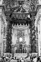 Città del Vaticano, Basilica di San Pietro. Baldacchino di San Pietro --- Vatican City, The Papal Basilica of Saint Peter (St. Peter's Basilica). Saint Peter's baldachin