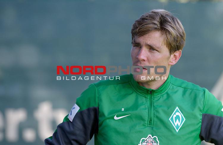 28.09.2013, Trainingsgelaende, Bremen, GER, 1.FBL, Training Werder Bremen, im Bild Clemens Fritz (Bremen #8)<br /> <br /> Foto &copy; nph / Frisch