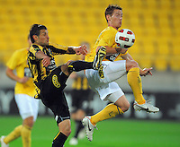 Phoenix' Vince Lia competes for the ball with Michael McGlinchey. A-League football - Wellington Phoenix v Central Coast Mariners at Westpac Stadium, Wellington on Saturday, 13 November 2010. Photo: Dave Lintott / lintottphoto.co.nz