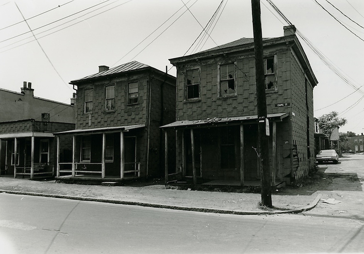 1970  May  22..1259-1253 Chapel Street..Millard Arnold.NEG# MDA70-55-7..