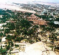 Libia, Ghadhames .La città vecchia e quella nuova  in una veduta aerea