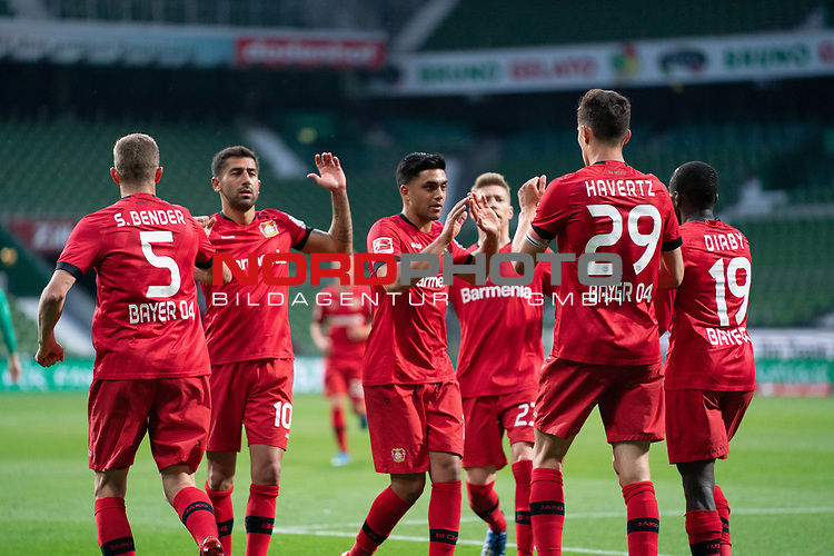 Jubel Kai Havertz (Leverkusen #29),   nach dem 1:2 gegen Jiri Pavlenka (Werder Bremen #01) Sven Bender (Leverkusen #5), <br /> Kerem Demirbay (Leverkusen #10), <br /> Mitchell Weiser (Leverkusen #23), <br /> Moussa Diaby (Leverkusen #19), <br /> <br /> Sport: Fussball: 1. Bundesliga: Saison 19/20: <br /> 26. Spieltag: SV Werder Bremen vs Bayer 04 Leverkusen, 18.05.2020<br /> <br /> Foto ©  gumzmedia / Nordphoto / Andreas Gumz / POOL <br /> <br /> Nur für journalistische Zwecke! Only for editorial use!<br />  DFL regulations prohibit any use of photographs as image sequences and/or quasi-video.