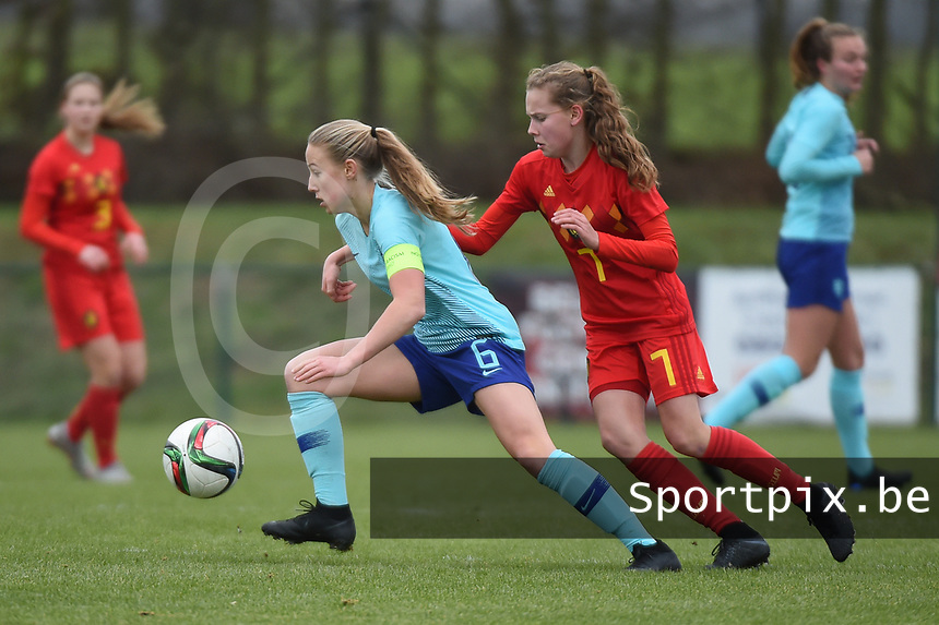 20190206 - TUBIZE , BELGIUM : Belgian Jarne Teulings (R) and Dutch Dana Foederer (L) pictured during the friendly female soccer match between Women under 17 teams of  Belgium and The Netherlands , in Tubize , Belgium . Wednesday 6th February 2019 . PHOTO SPORTPIX.BE DIRK VUYLSTEKE
