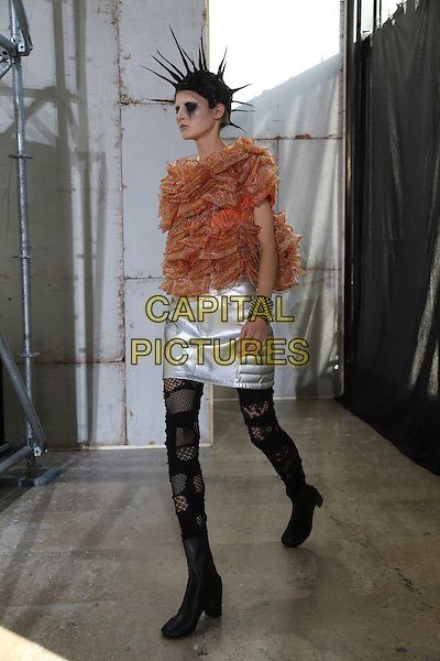 JUNYA WATANABE<br /> Paris Fashion Week Spring Summer 2017<br /> on September 30, 2016<br /> CAP/GOL<br /> &copy;GOL/Capital Pictures