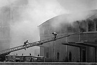 - luglio1981, incendio di un deposito di materiale stoccato in maniera irregolare all'interno dell' industria chimica Farmoplant (Montedison)  a Massa Carrara<br /> <br /> - July 1981, fire in an irregularly stored material depot within the Farmoplant chemical industry (Montedison) in Massa Carrara