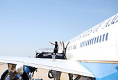 Merced, CA - May 16, 2009 -- First Lady Michelle Obama embarks on her way home after speaking at the University of California at Merced commencement in Merced, California on Thursday, May 16, 2009..Credit: Samantha Appleton - White House via CNP