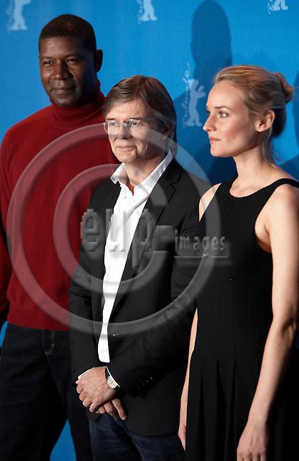 Capturefile: D:\DATA\Fotos\Negativer\Canon DSLR\20070211 Berlinale PK Bille August med Goodbye Bafana\20070211DEJ-0100.CR2.CaptureSN: 408990.044728.Software: Capture One PRO for Windows.