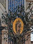 Święta Lipka, 2019-08-14. Sanktuarium Maryjne - Bazylika pw. Nawiedzenia NM Panny w Świętej Lipce, rzeźba Matki Bożej