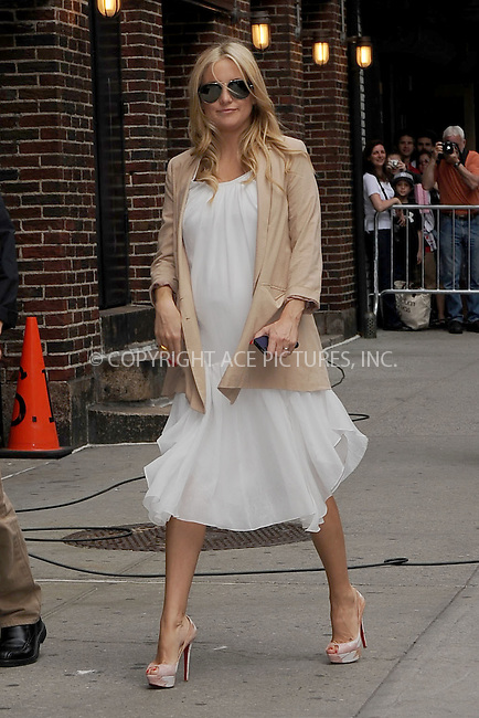 WWW.ACEPIXS.COM . . . . . .April 27, 2011...New York City...Kate Hudson tapes the Late Show with David Letterman on April 27, 2011 in New York City....Please byline: KRISTIN CALLAHAN - ACEPIXS.COM.. . . . . . ..Ace Pictures, Inc: ..tel: (212) 243 8787 or (646) 769 0430..e-mail: info@acepixs.com..web: http://www.acepixs.com .