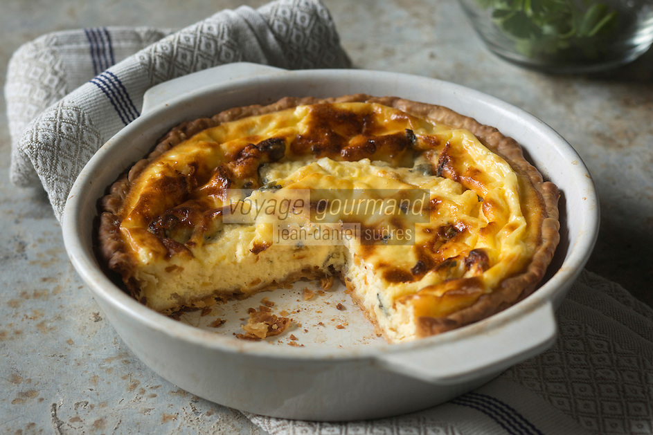 Gastronomie: Quiche au Roquefort // Gastronomy: Roquefort quiche [Non destiné à un usage publicitaire - Not intended for an advertising use]