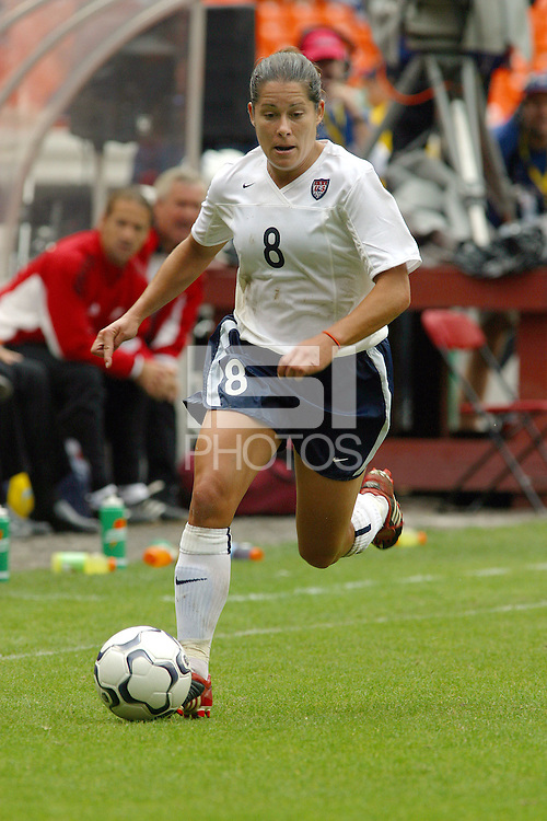 Shannon MacMillan, USWNT vs Canada April 26, 2003.